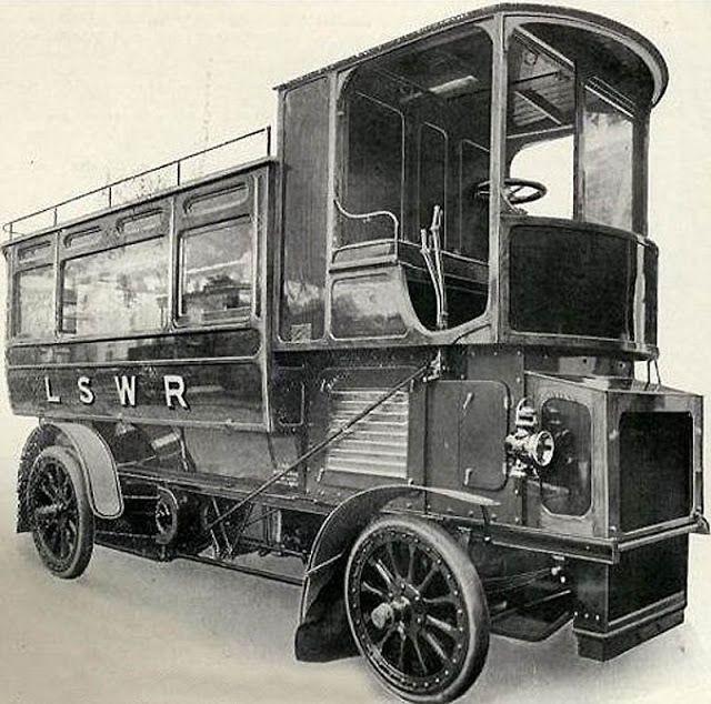 Паровой автобус.jpg