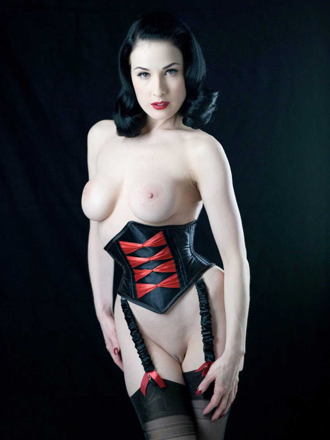 dita-von-teese-naked-pics-total-drama-and-family-guy-porn