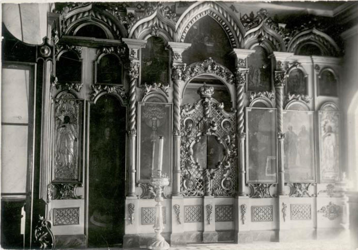 Никитская (Предтеченская) церковь 1765 г. Иконостас Петропавловского придела