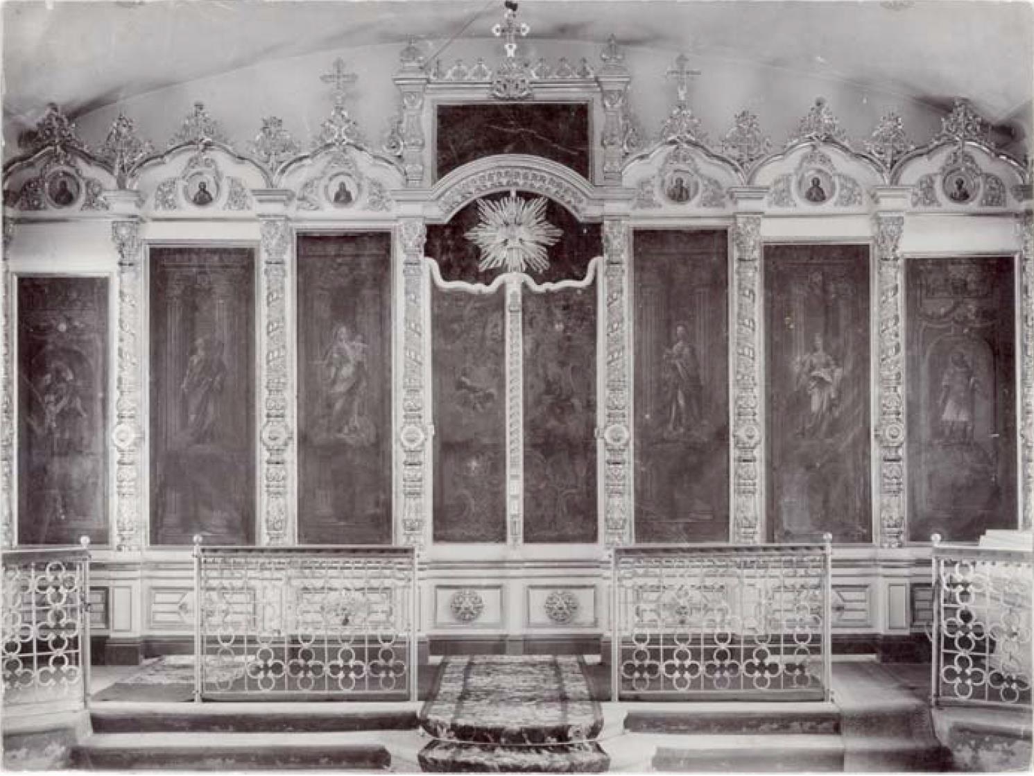 Церковь 10-го Гренадерского Малороссийского полка. Иконостас. Конец XIX – начало XX в.
