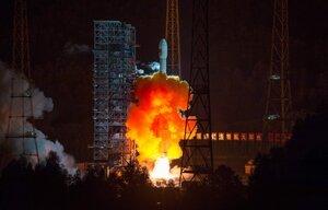Китай вывел на орбиту спутник
