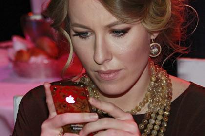 Чурикова и Собчак открыли в Viber свои публичные чаты