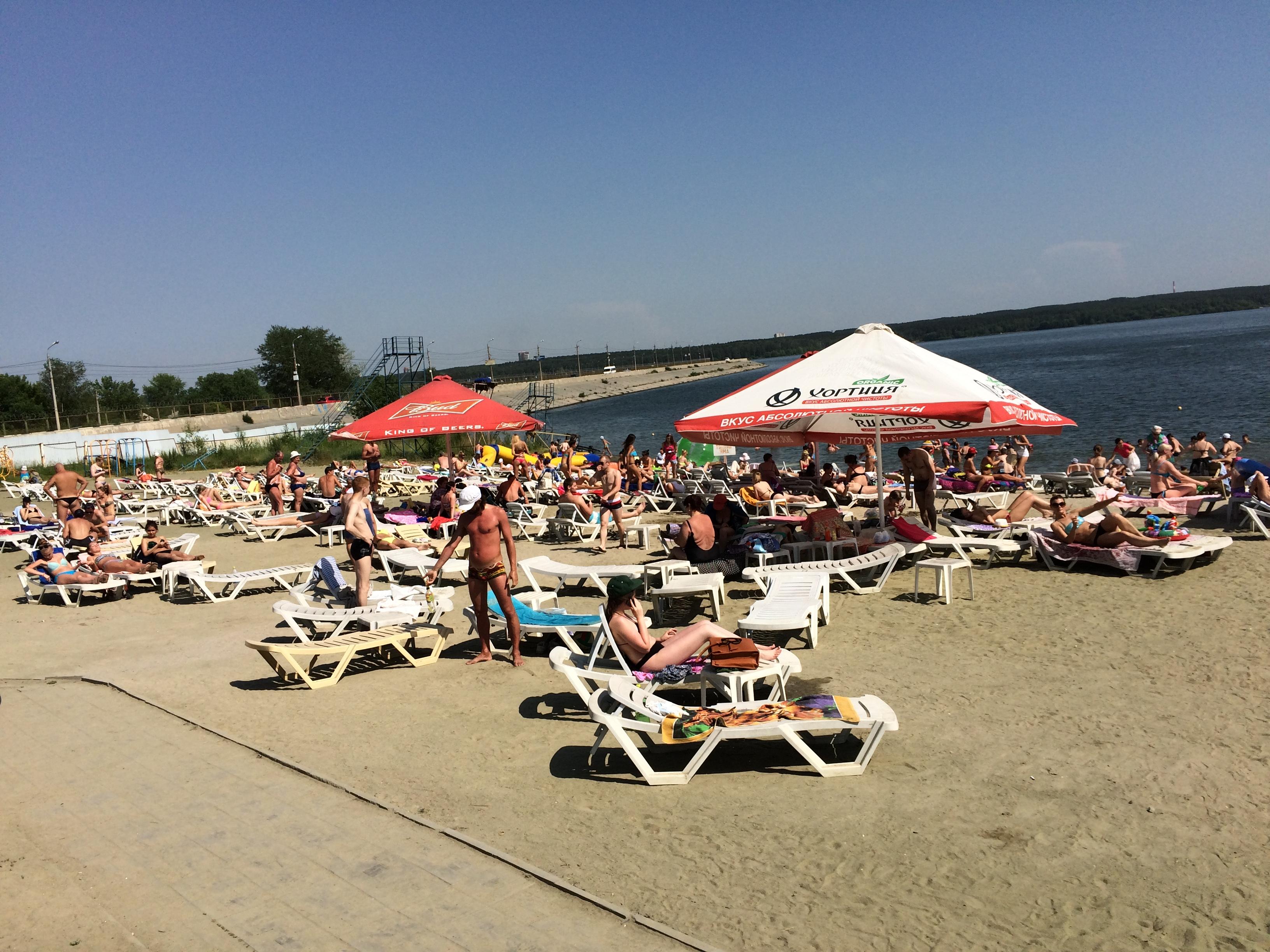 Платный пляж ″Западный″ на Шершнёвском водохранилище (22.06.2015)
