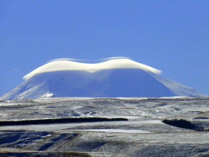 Эльбрус в облаке