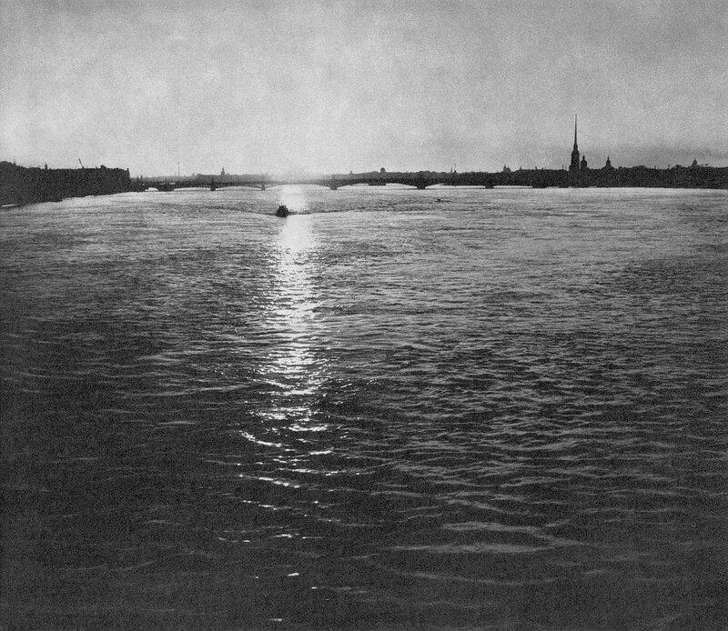 Нева близ Троицкого моста / The Neva near  Trinity Bridge