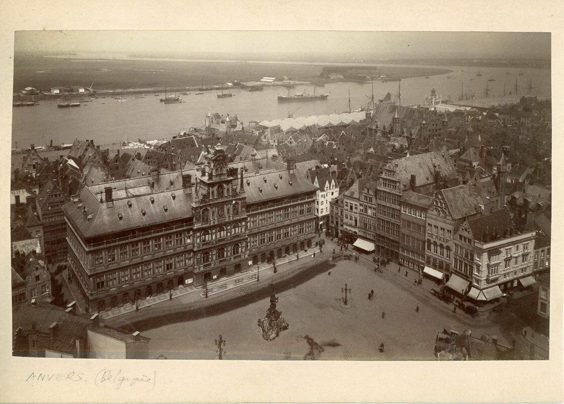 1890-е. Вид мэрии и Шельды
