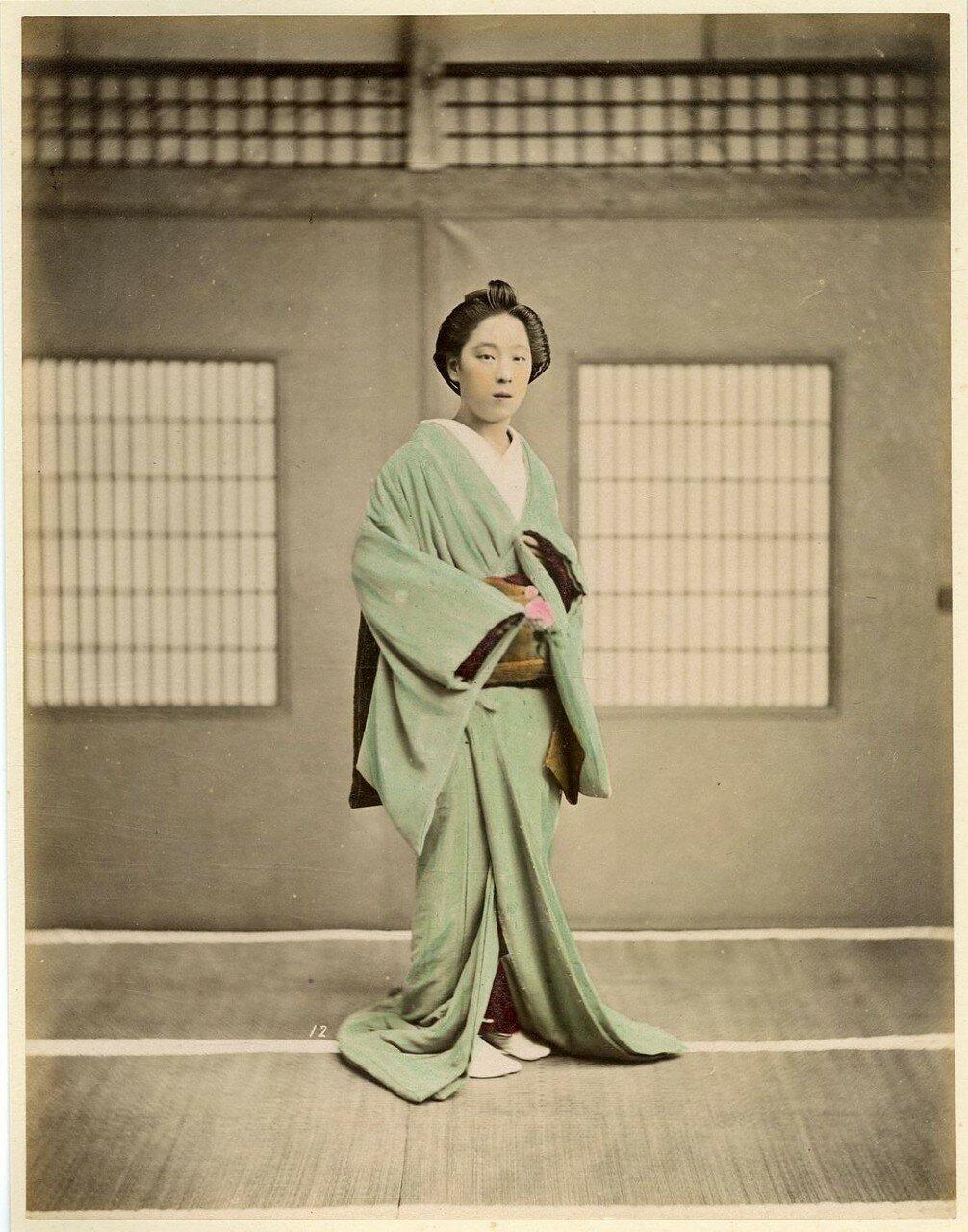 Японская дама