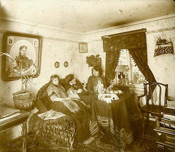 tsvetaeva_22_1913.jpg