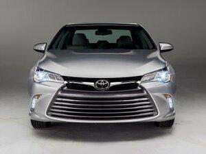Новая Toyota Camry получит гибридный двигатель