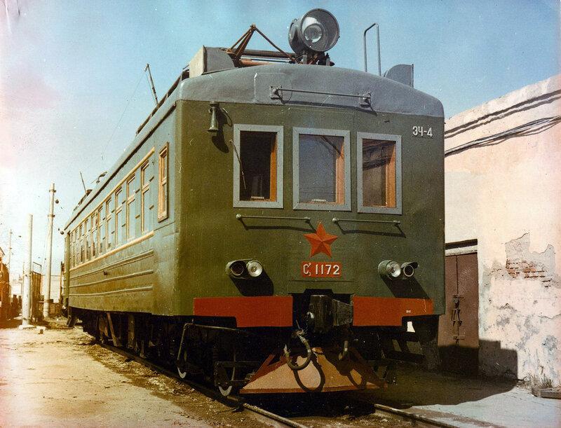 Вагон электропоезда СР3-1172 на службе энергетиков, ЭЧ Петропавловск, 1980-е годы.jpg