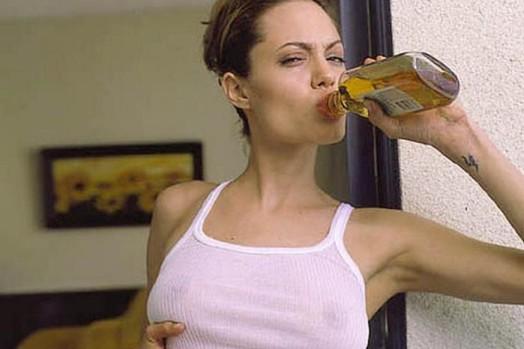 Наркотическая зависимость актрисы Анджелины Джоли 0 115946 84a9147f orig