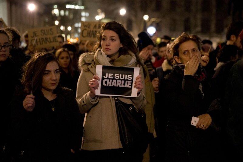 Je suis Charlie: 42 фотографии со всего мира о реакции людей на теракт в Париже