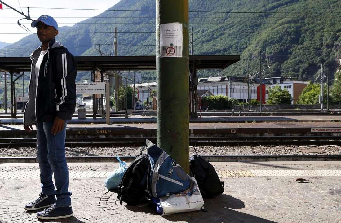 Ж/д вокзал итальянского Милана превратился в бомжатник: Миграционная политика ЕС (4)