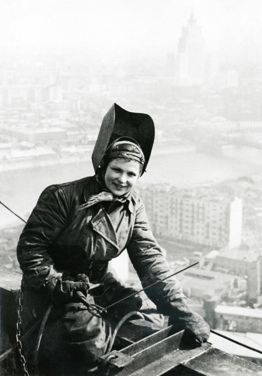 1953. На крыше гостиницы Украина.