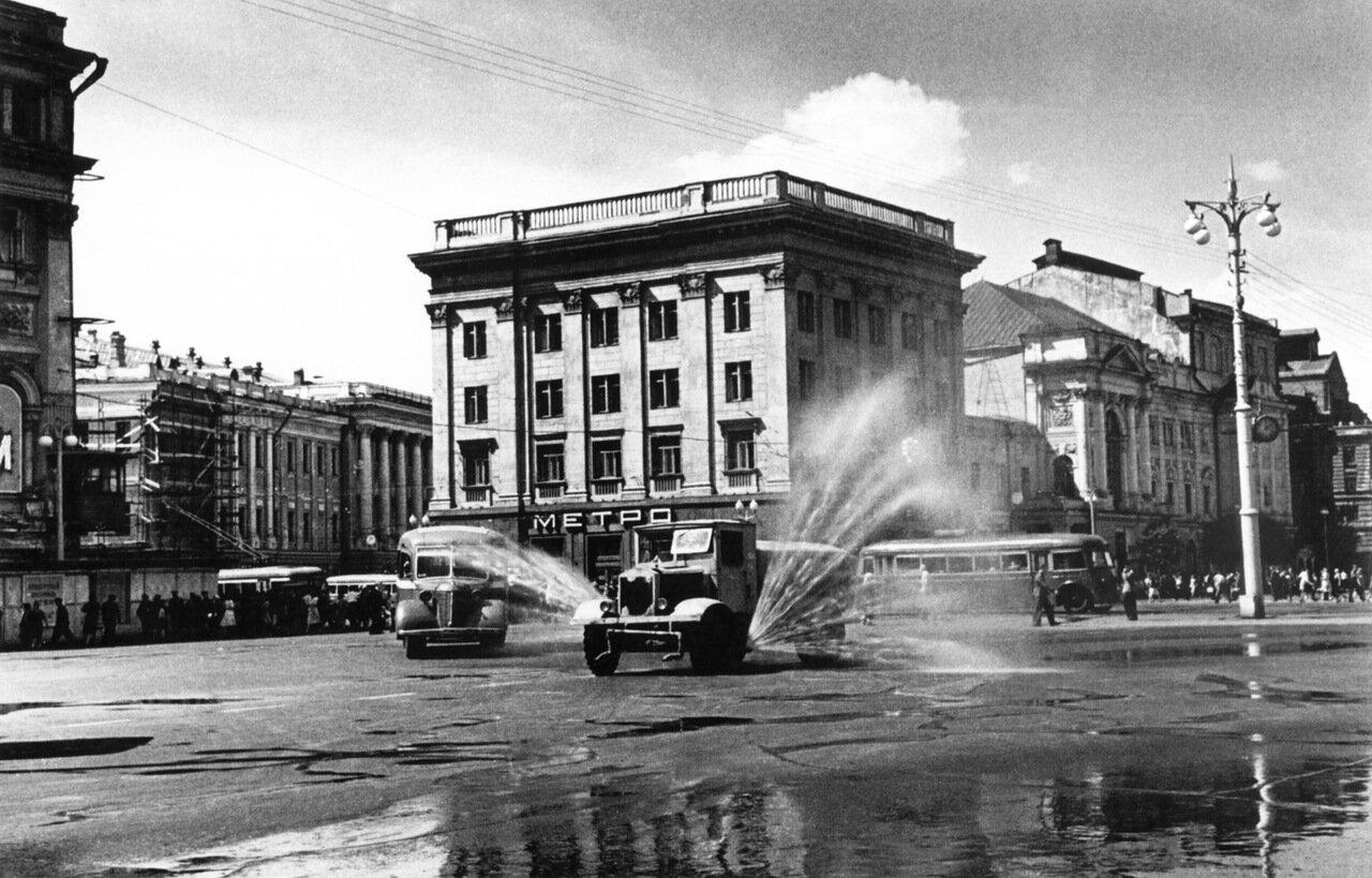 117. Театральная площадь. Москва. 1950-е