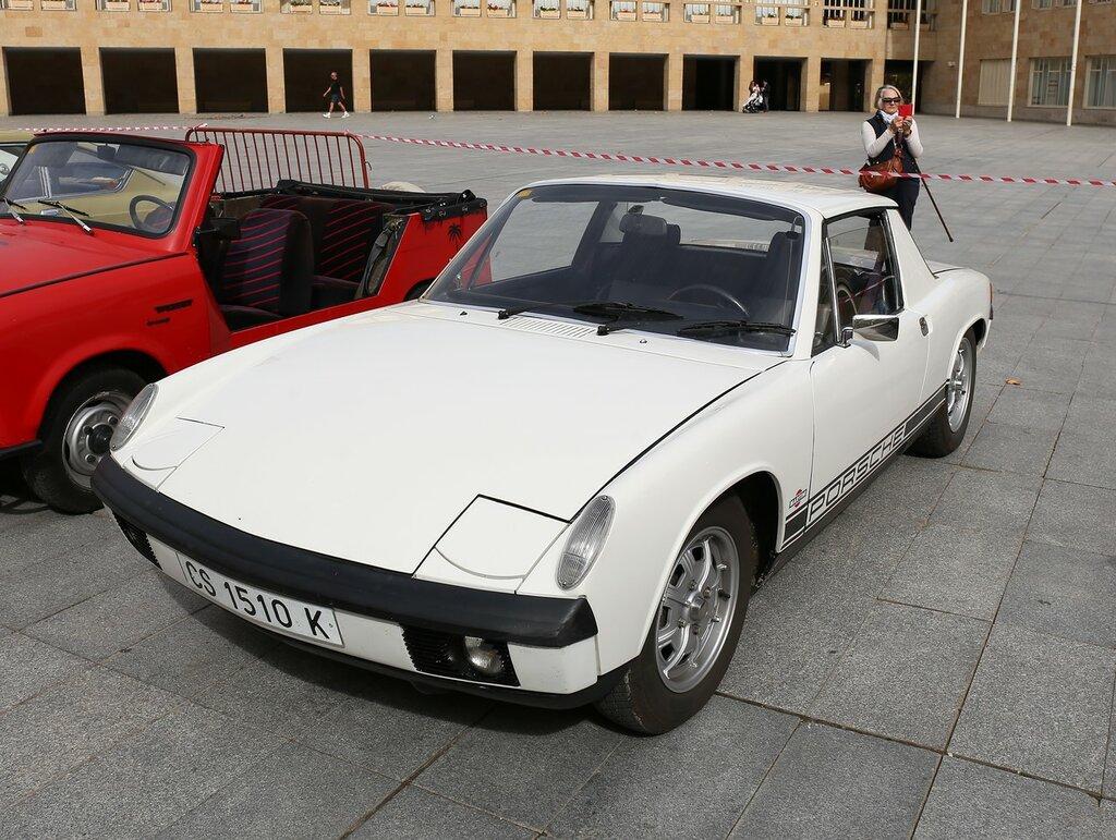 Парад ретроавтомобилей в Логроньо. Porsche 914