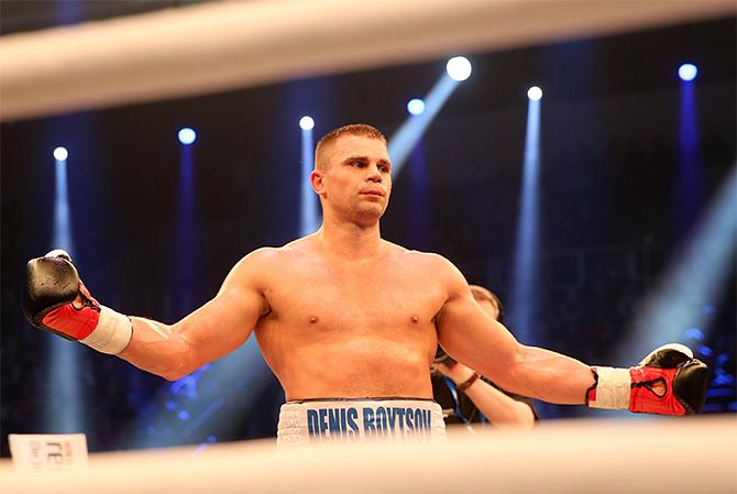 Боксер Бойцов введен всостояние искусственной комы вбольнице Берлина— СМИ