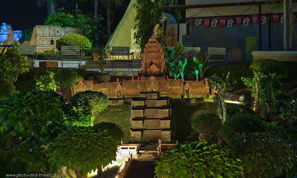 30. Что это? Сукхотай или, может, Phra Nakhon Si Ayutthaya? Отчеты о поездках на экскурсию в Паттайе. Чем заняться на отдыхе в Таиланде? Посетите этот храм вживую.