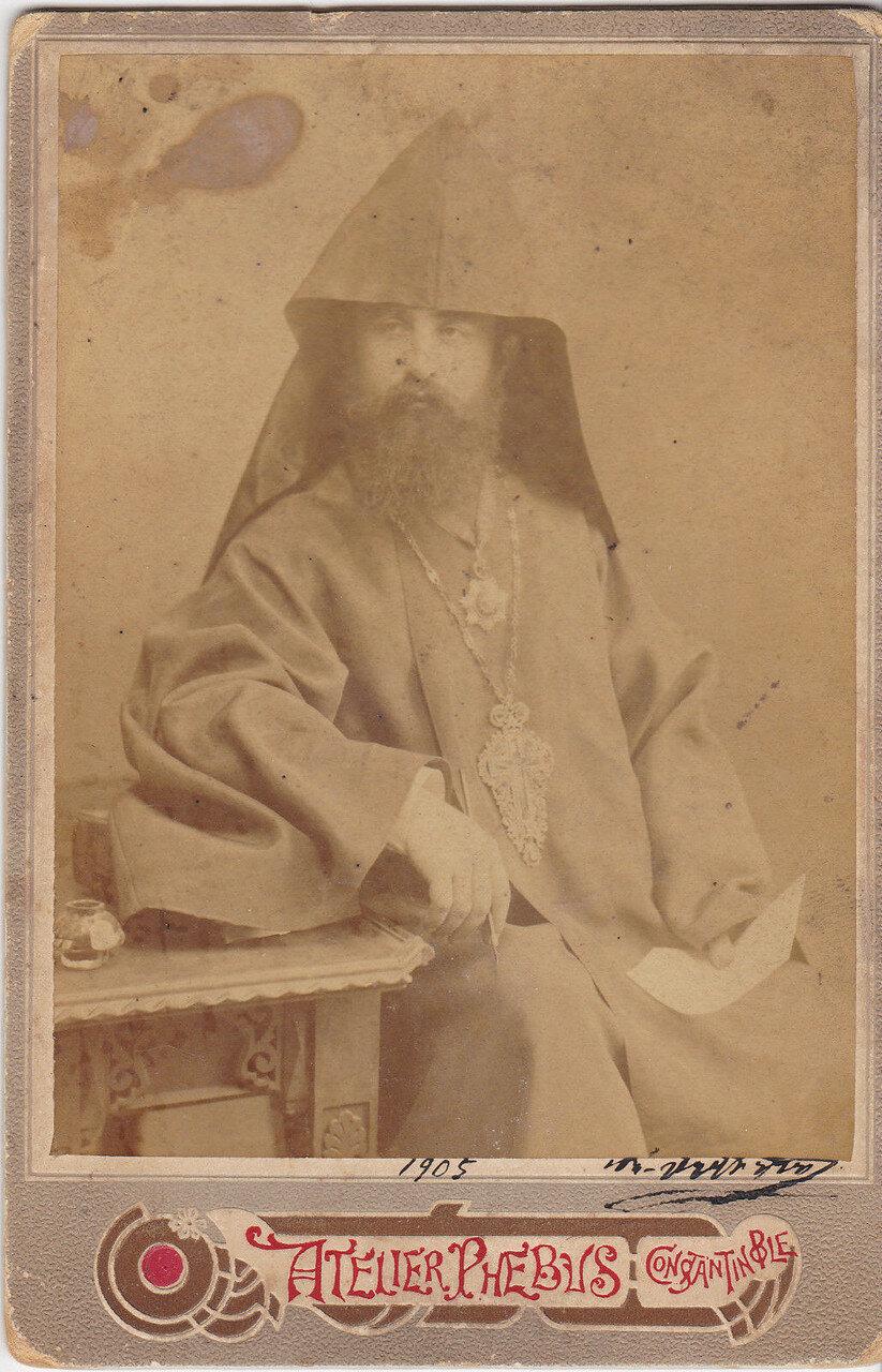 1905. Мушег Серопян, Константинополь