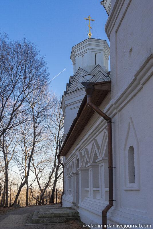 Северная сторона храма Усекновения главы Иоанна Предтечи в с. Дьяково