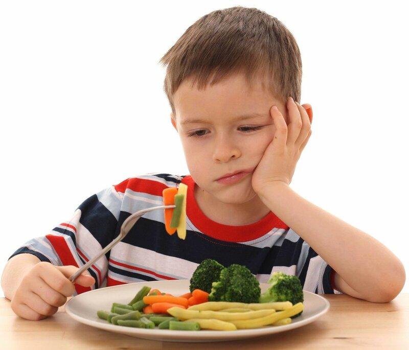 9710uh_eating boy.jpg
