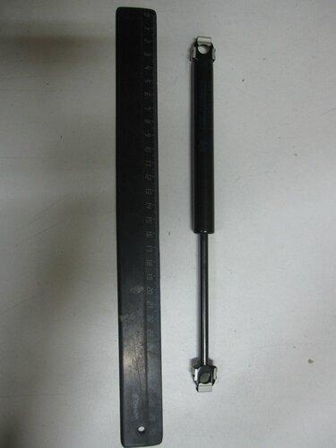 Амортизатор капота BMW 5-серия 88-95