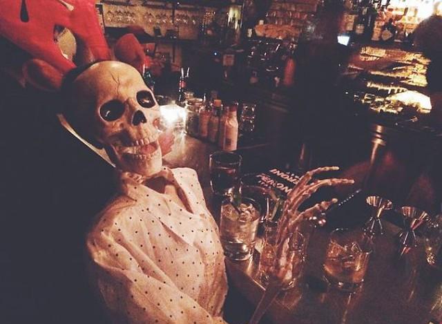 скелет-пародия-на-девушек8.jpg