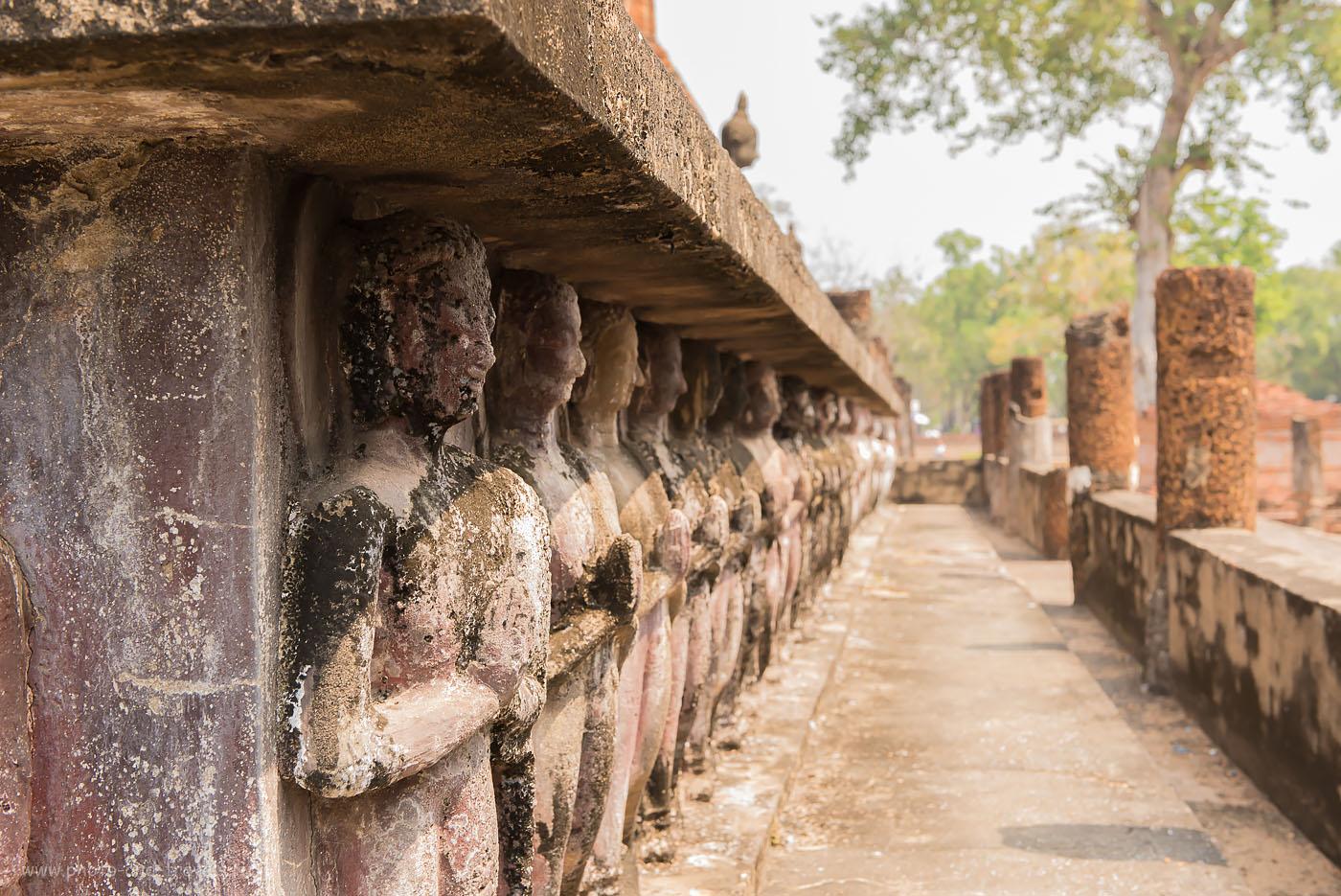 Фото 17. Молитвы... Исторический парк Сукотаи в Таиланде. Одно из интересных мест, куда легко добраться из Бангкока.