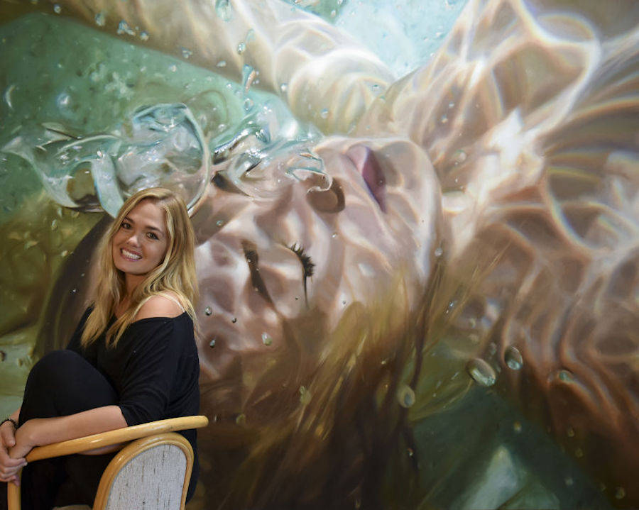 Hyperrealistic Aqua Paintings by Reisha Perlmutter
