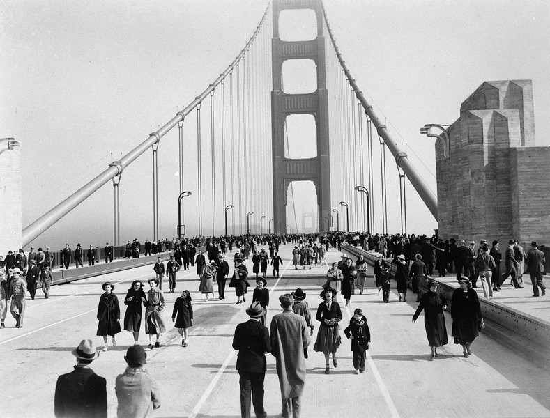 Watchf Associated Press Domestic News  California United States APHS56467 GOLDEN GATE OPENS 1937