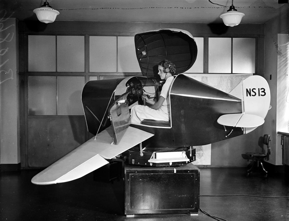 На крутом вираже: Авиа тренажер (1930 год)