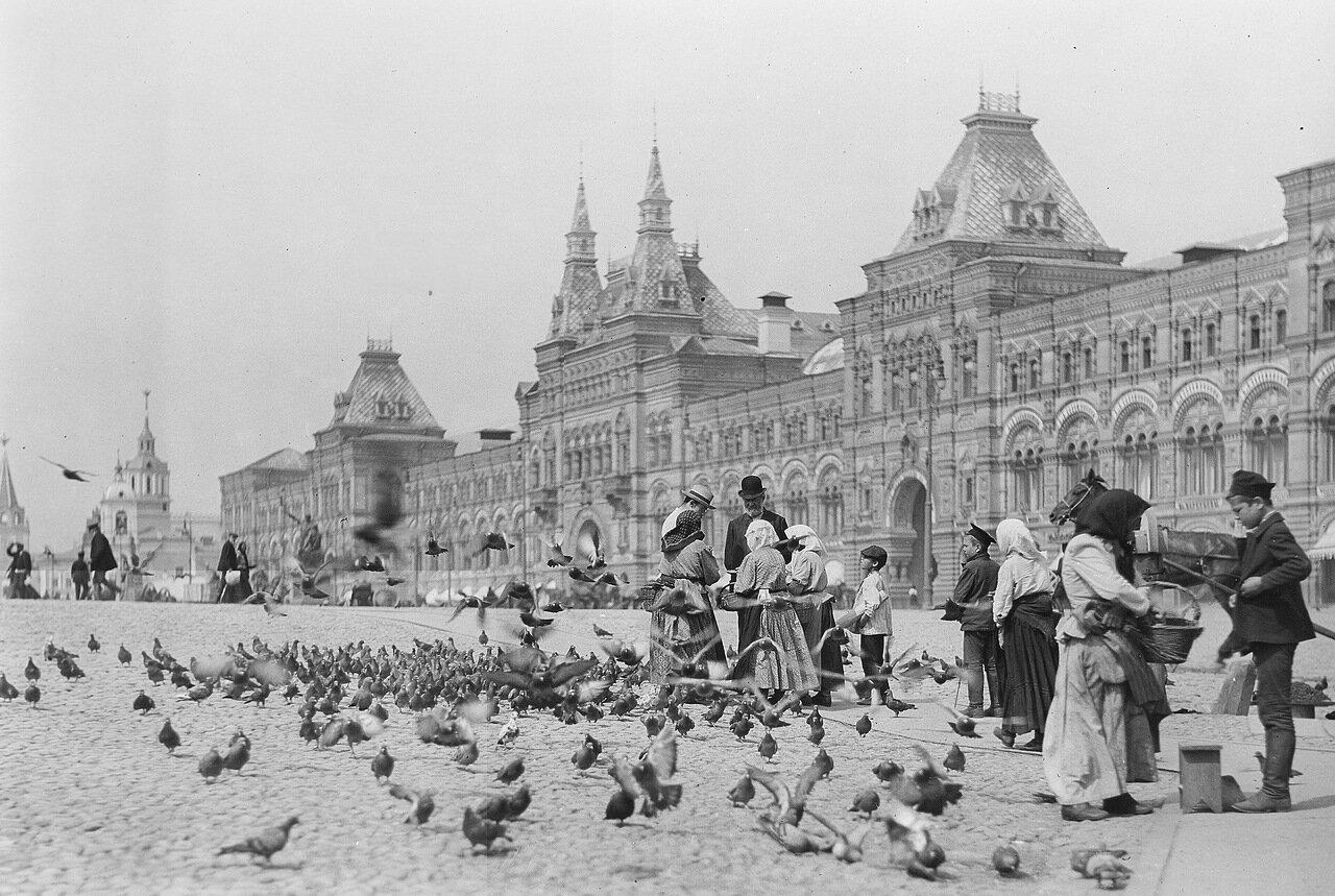 37. На Красной площади