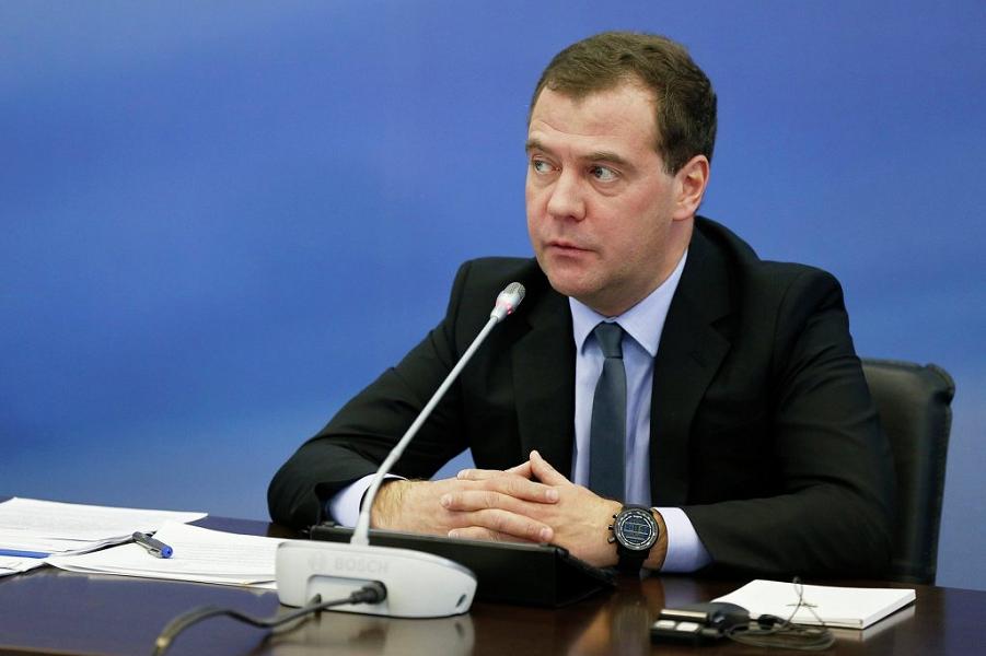 Председатель Медведев.png