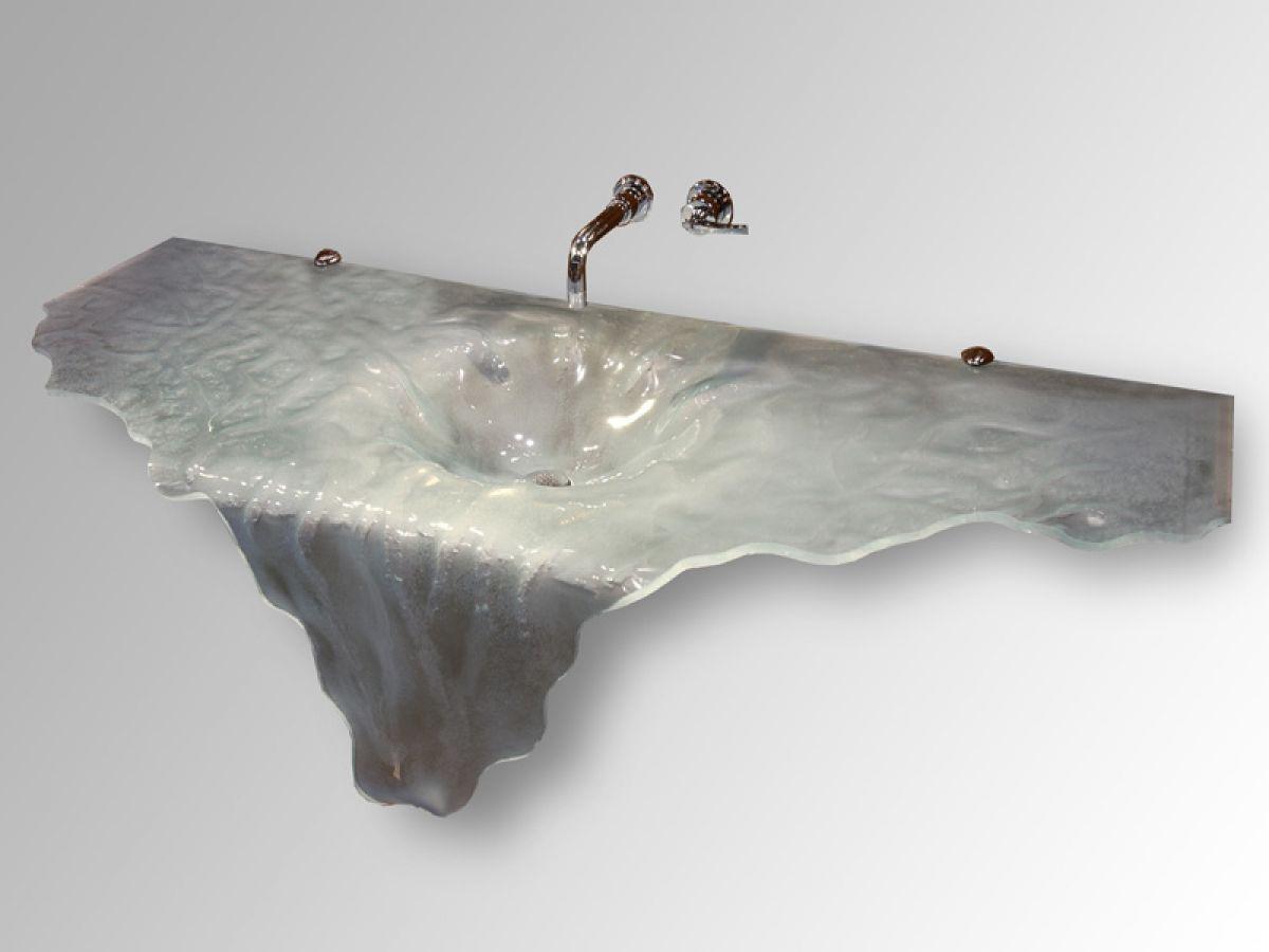 Красивая раковина - водопад