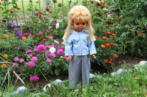 костюм для куклы с брюками