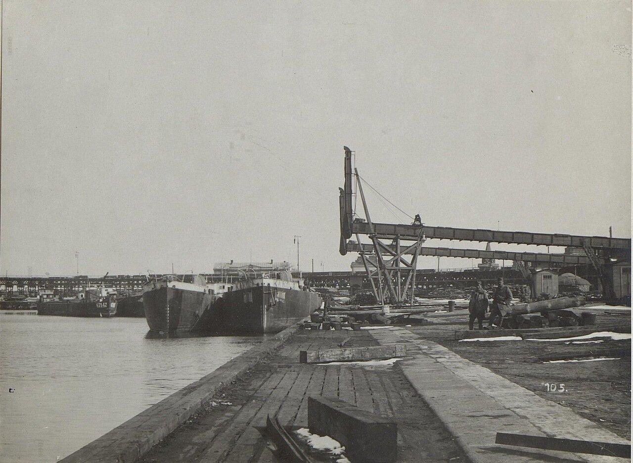 Корабли в порту Одессы