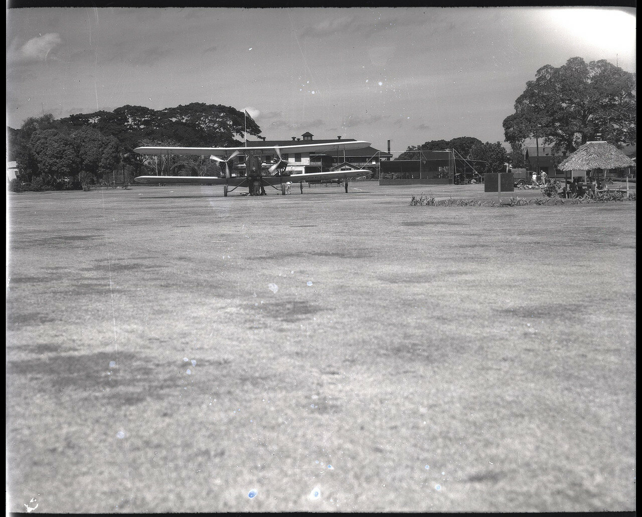 05. Бомбардировщик B-3A на филиппинском аэродроме Николс Филд