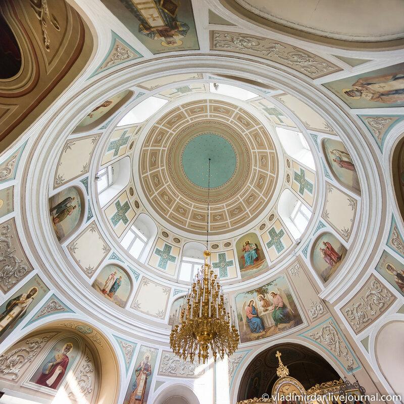 Храм апостолов Петра и Павла в Петровском