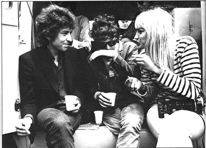 600 Боб Дилан, Донован и Мэри Трэверс, 1965.jpg