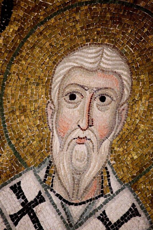 Священномученик Игнатий Богоносец. Мозаика монастыря Осиос Лукас (Преподобного Луки), Греция. 1030 - 1040-е годы.