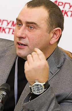 Кучеренко Владимир Александрович (Максим Калашников)