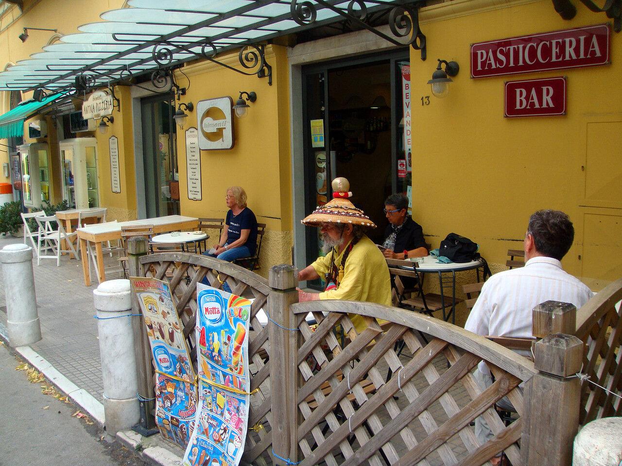 Типичный ресторан провинциального городка Пьетрасанта (Pietrasanta)