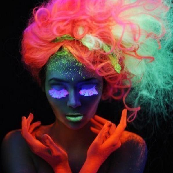 светящиеся-в-темноте-волосы4.png