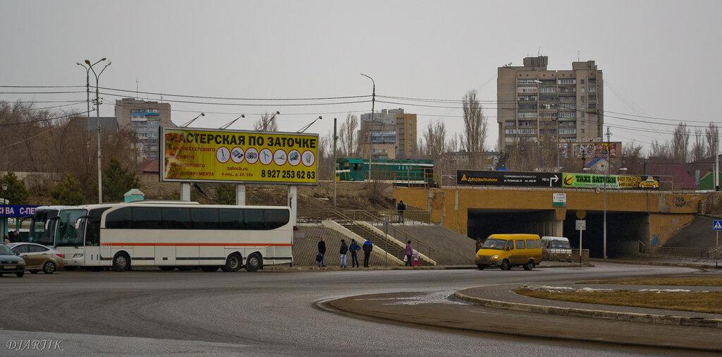 Комсомольская площадь, автостанция