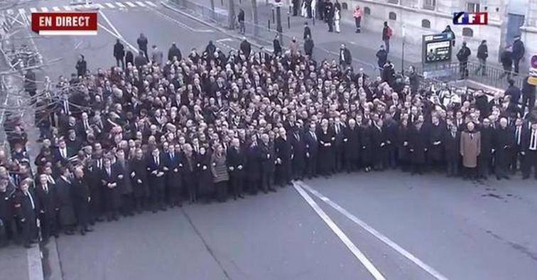постановка участия лидеров в парижском марше.png