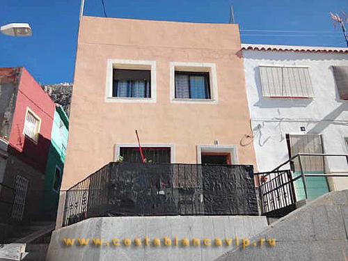 Таунхаус в Cullera, таунхаус в Кульере, городской дом, недвижимость в Испании, недвижимость в Валенсии, Valencia, Cullera, CostablancaVIP, Costa Blanca, залоговая недвижимость, таунхаус от банка, дом в городе