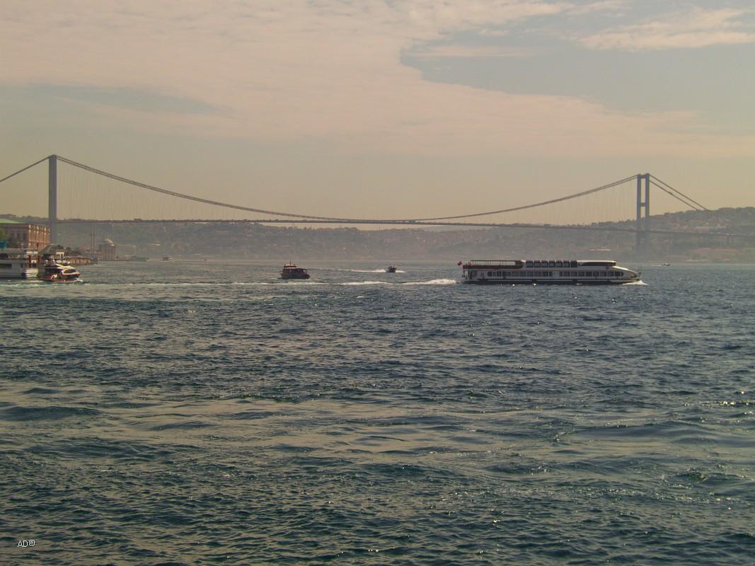 Стамбул 2015 - Длинный тур по Босфору - Виды мостов