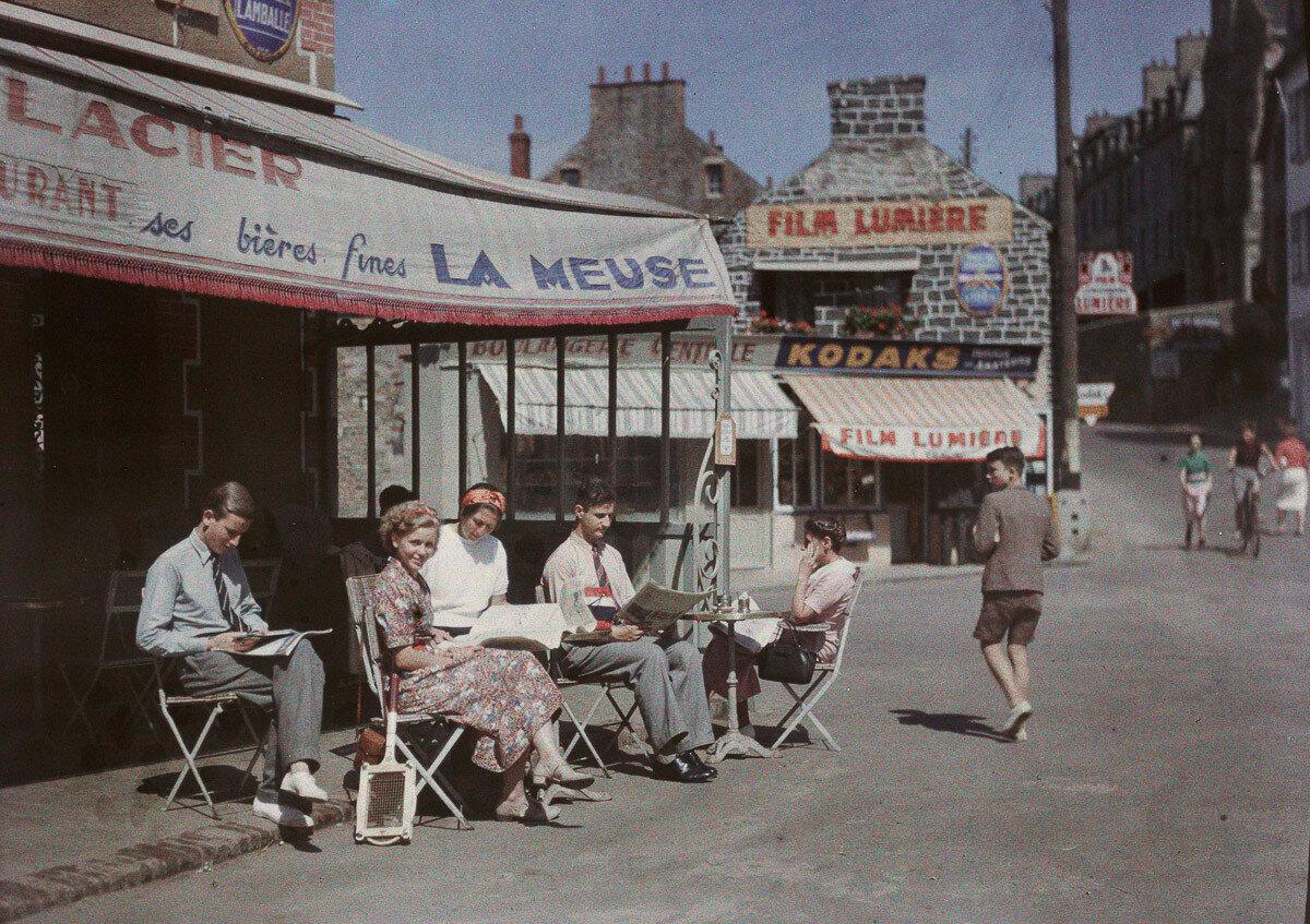 1938. Хайнц, Ева, Дора Хартманн, двоюродный брат Петр Панет и остальные Панеты в Бретани, Франция
