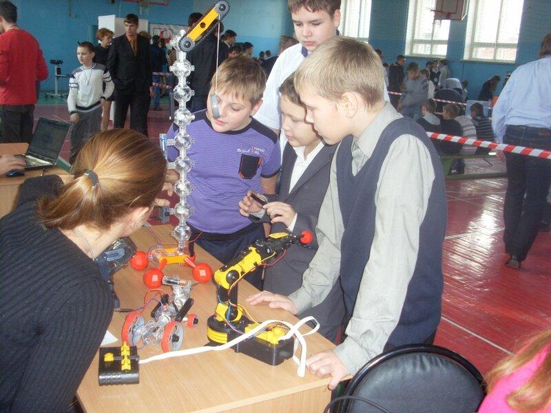 Городская ярмарка роботов-07.jpg