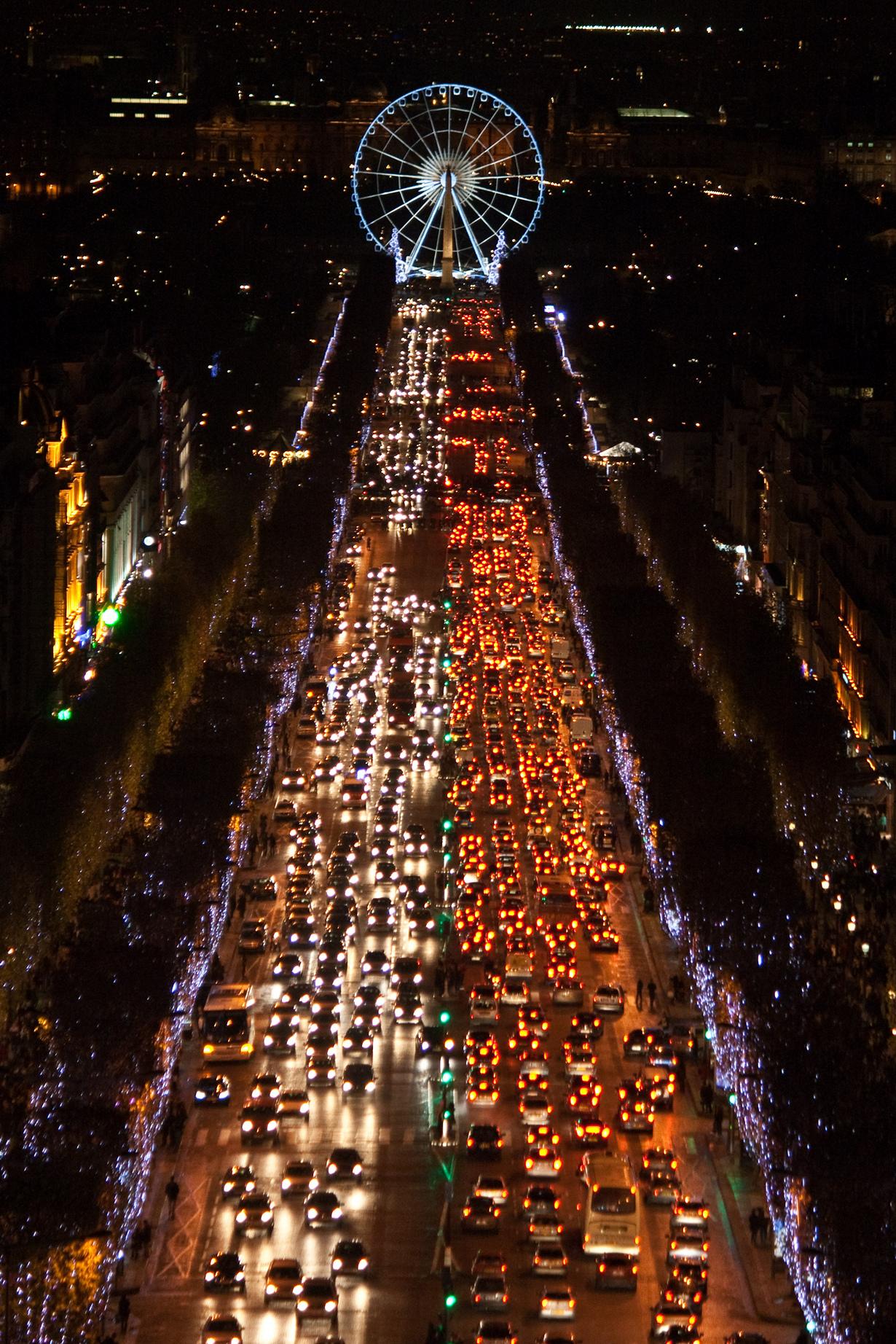 Рождественский Париж